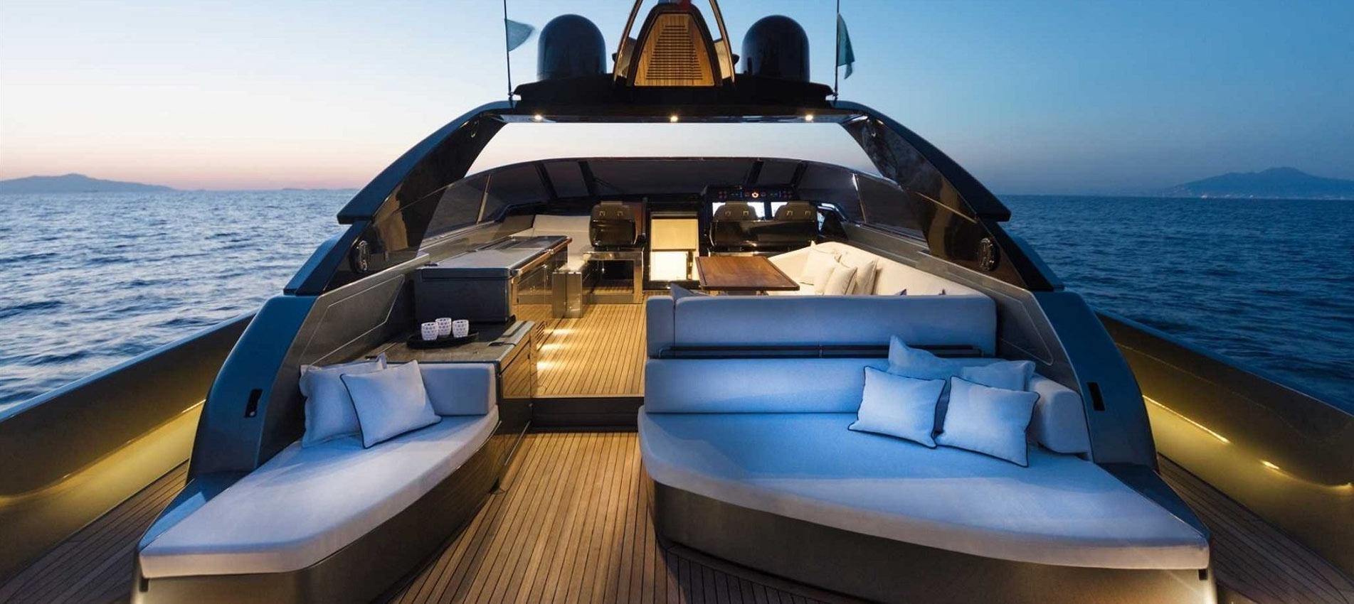 Modelluebersicht-Riva-Yachten-und-Boote-by-Poroli-Special-Boats